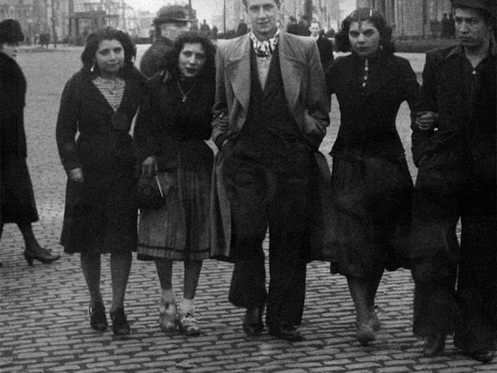 1940WWII.JanGypsiesB&Wweb