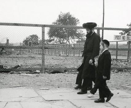 "Untitled, ""Hasidic family, Williamsburg"