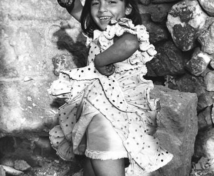 """ Dancing girl, Spain 1971"""